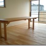 設計士デザインのダイニングテーブル