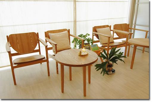 イージーチェア・BMSとティーテーブル