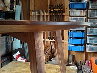 寺井さんの丸テーブル完成