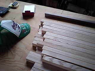 積み木パズル製作中